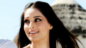 Bipasha Basu In Jodi Breakers Promotional Side Face Photo